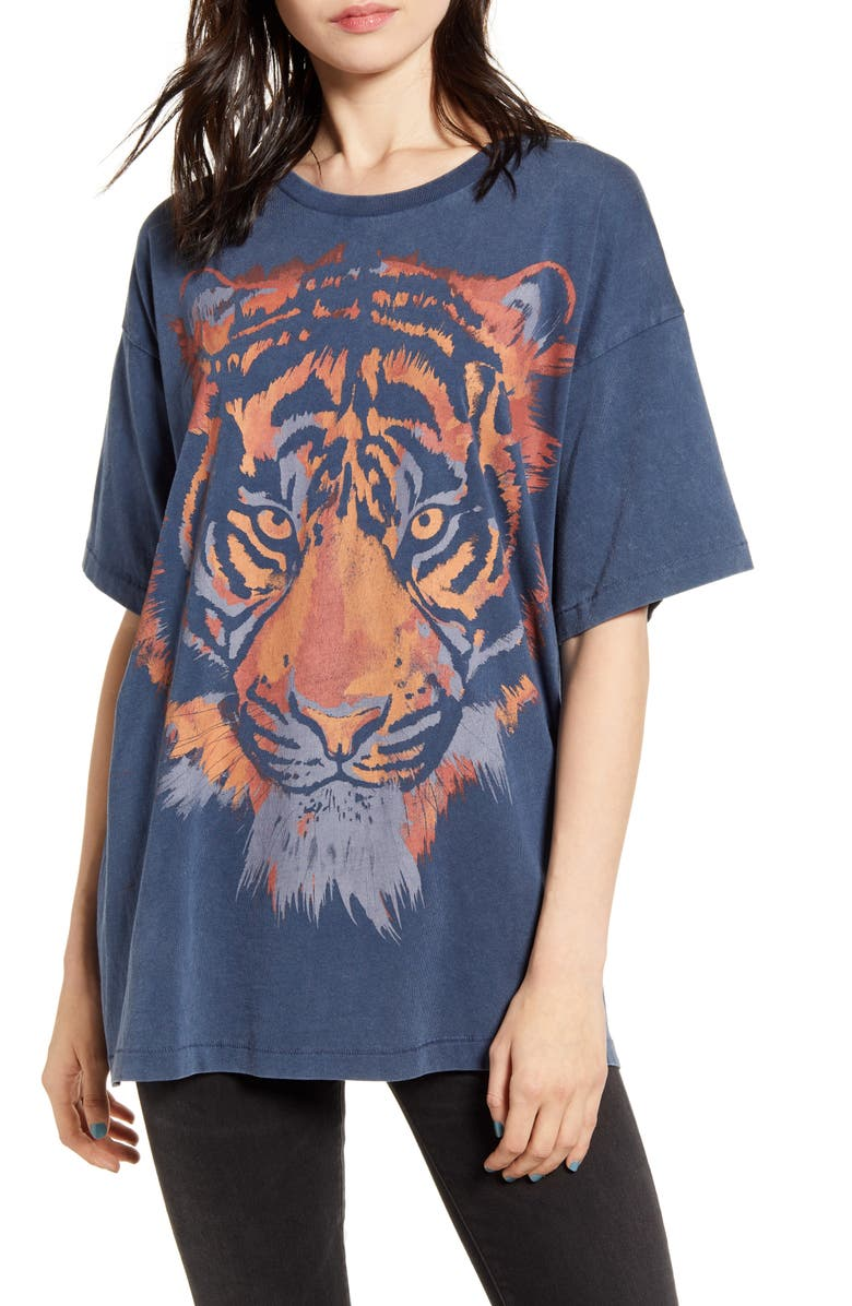 WRANGLER Tiger Oversized Graphic Tee, Main, color, 400