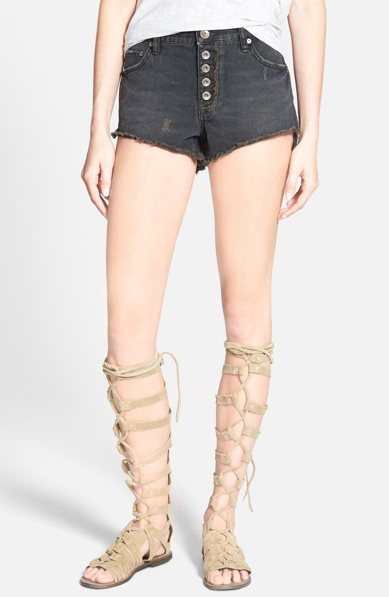 FREE PEOPLE 'Runaway' Cutoff Denim Shorts, Main, color, 001