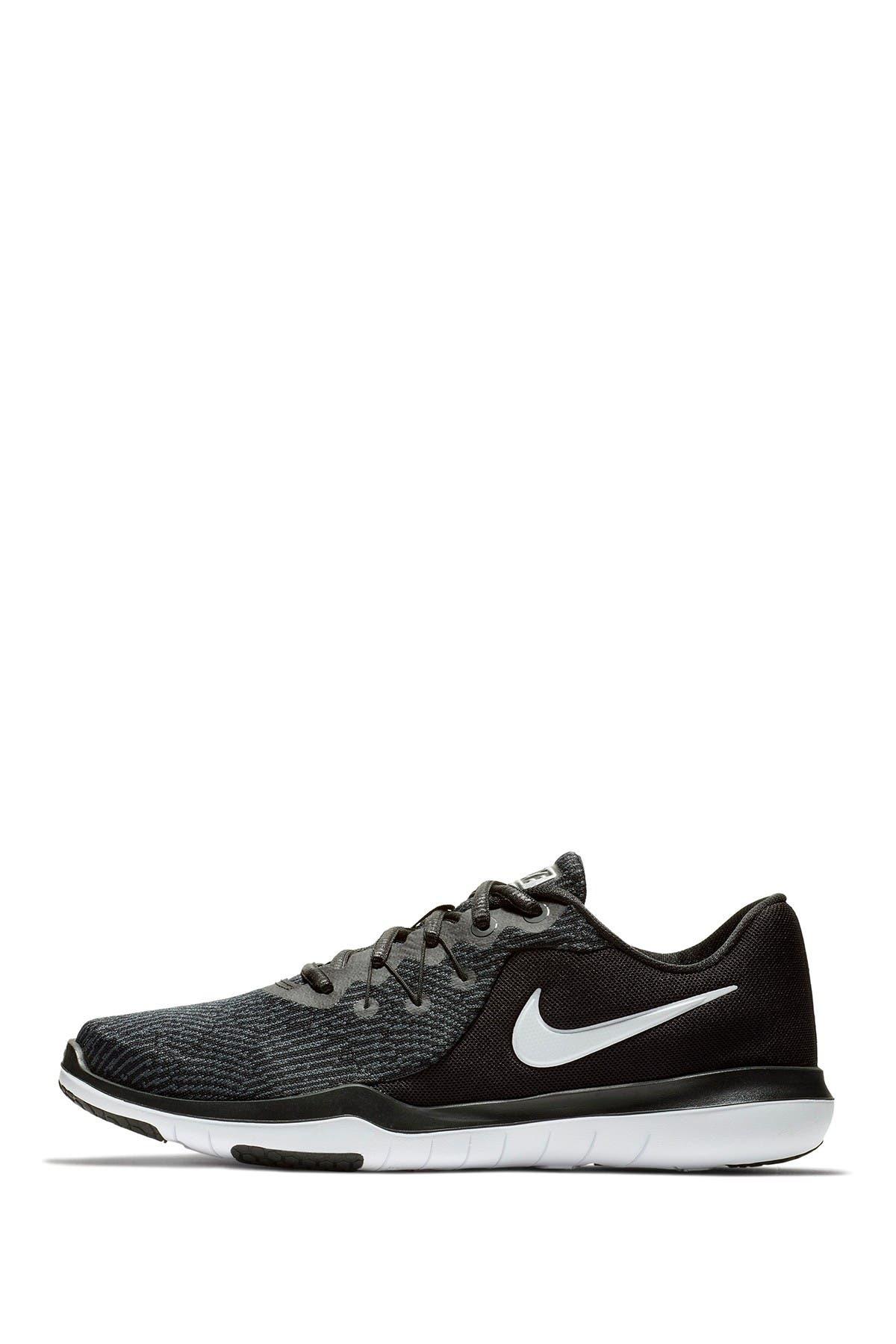 Nike   Flex Supreme TR 6 Sneaker