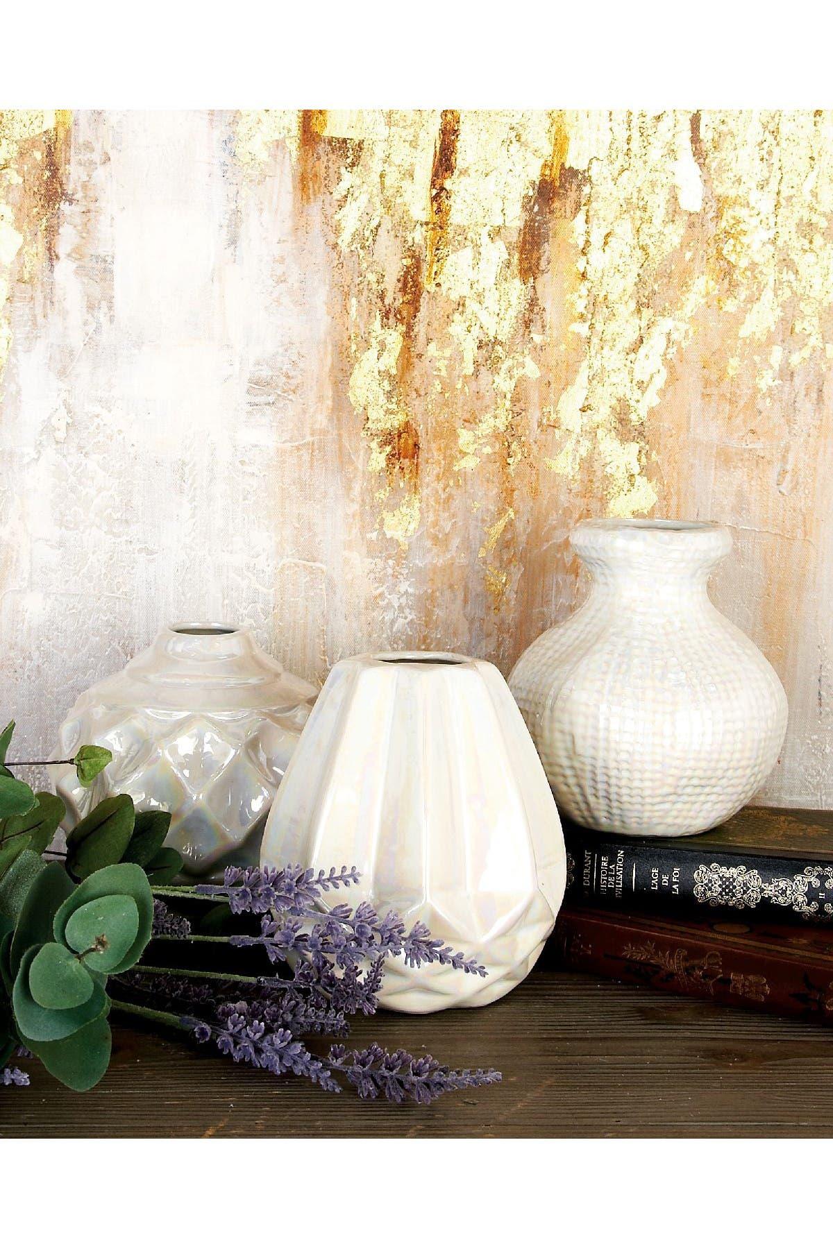 Image of CosmoLiving by Cosmopolitan Ivory Modern Iridescent Vase - Set of 3