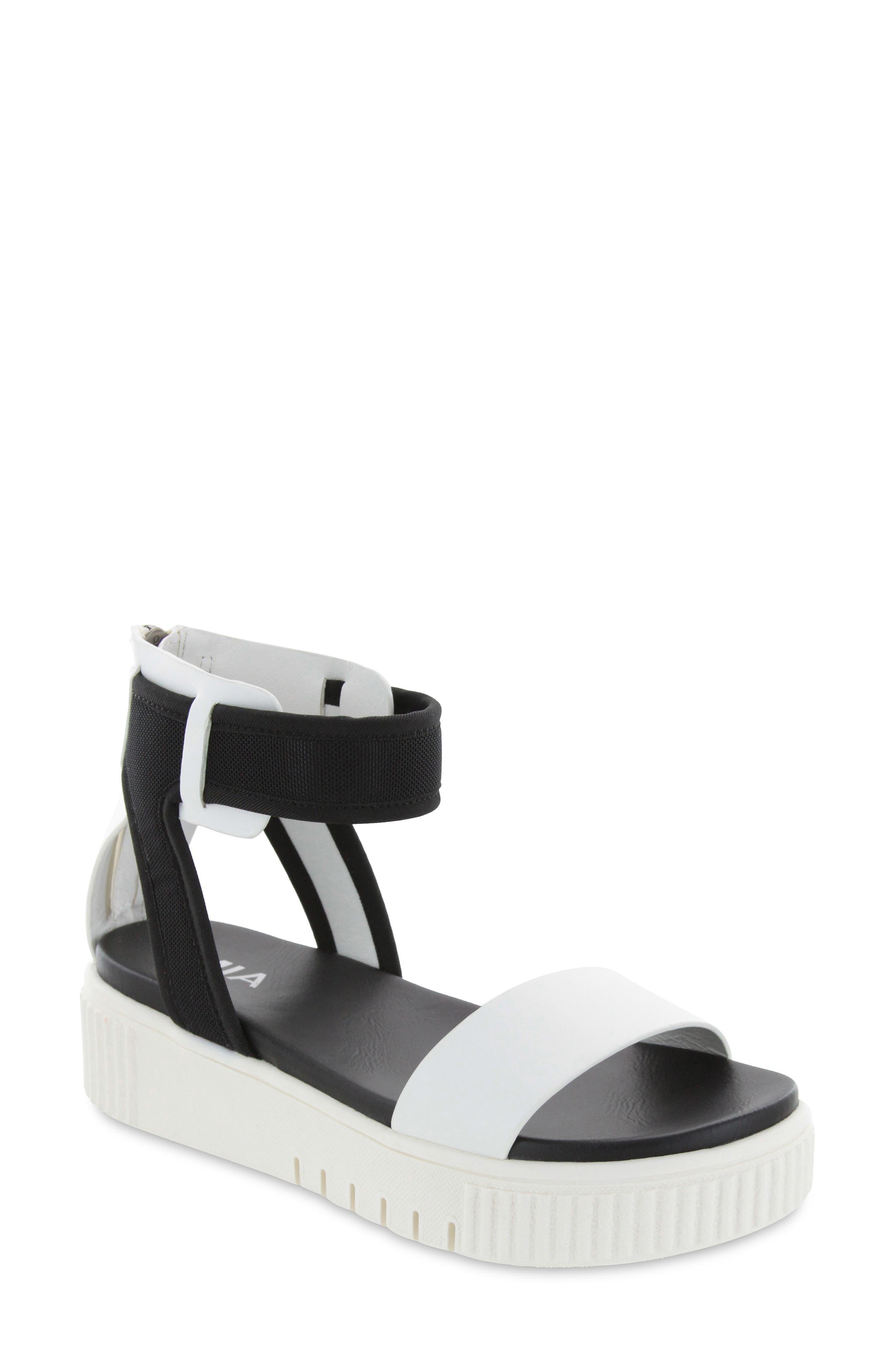 Melia Platform Sandal