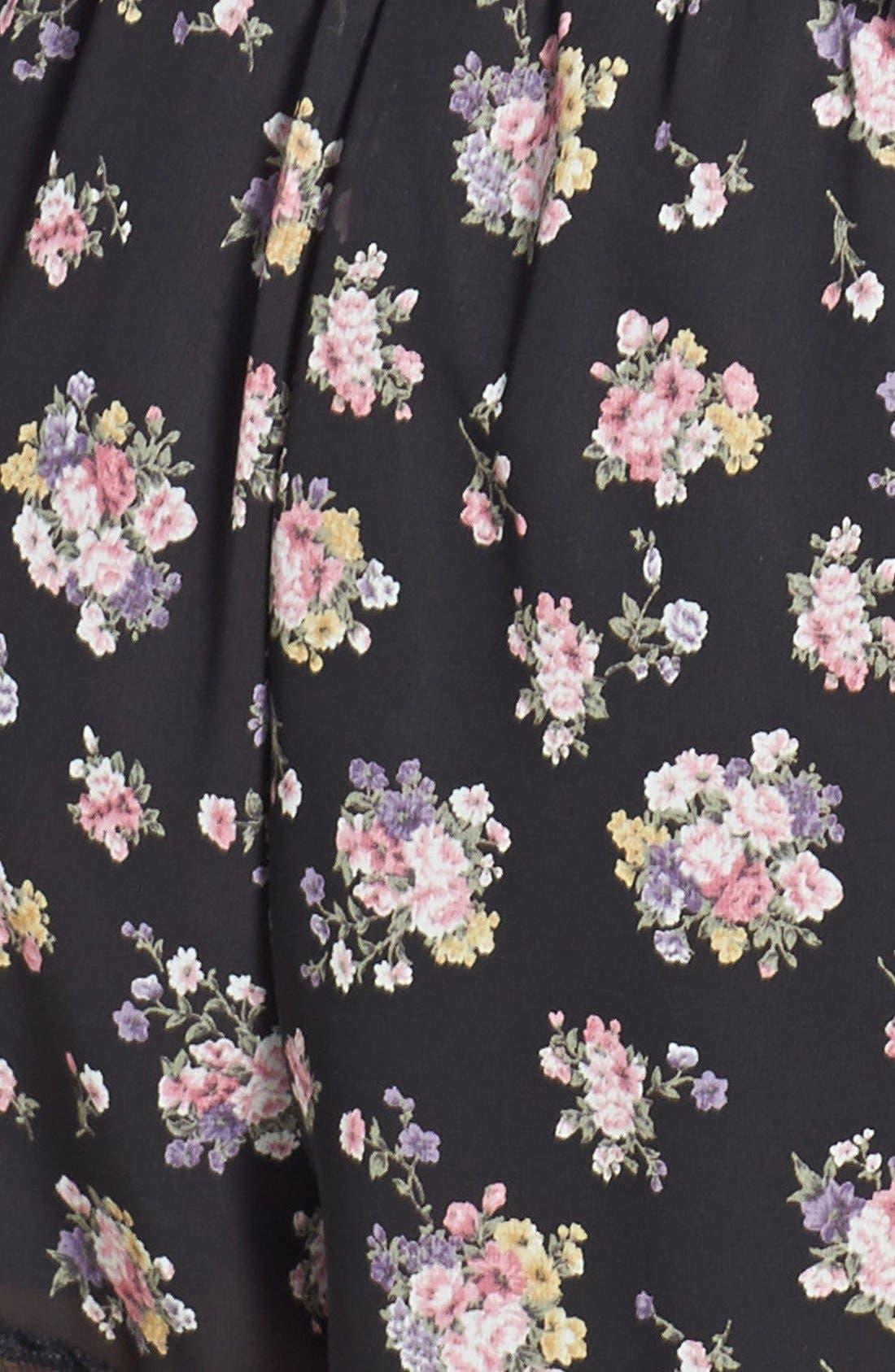,                             Lace Trim Floral Print Shorts,                             Alternate thumbnail 3, color,                             001