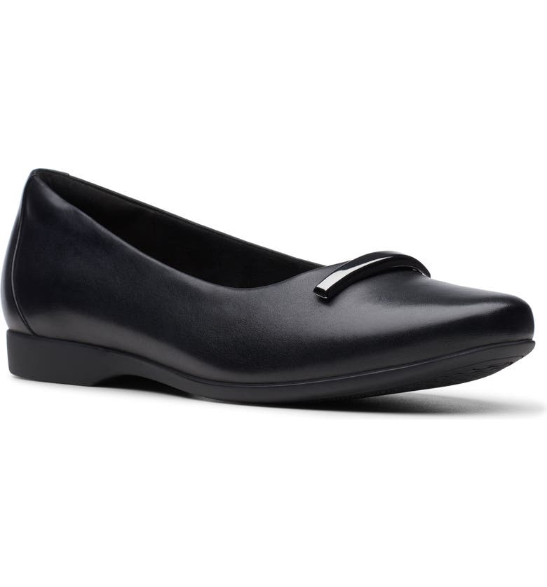 CLARKS<SUP>®</SUP> Un Darcey Way Ballet Flat, Main, color, BLACK LEATHER