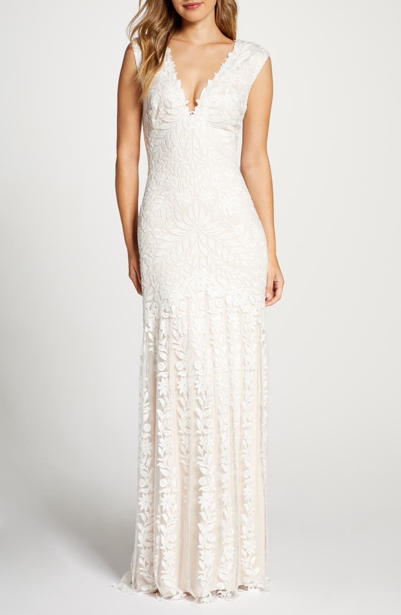 TADASHI SHOJI Lace Mermaid Wedding Dress, Main, color, IVORY/ PETAL