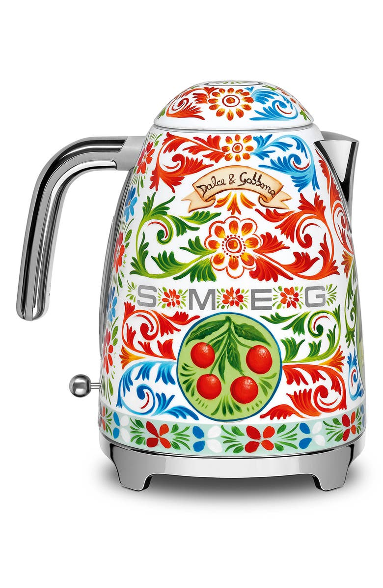SMEG x Dolce&Gabbana Sicily Is My Love Electric Kettle, Main, color, DG