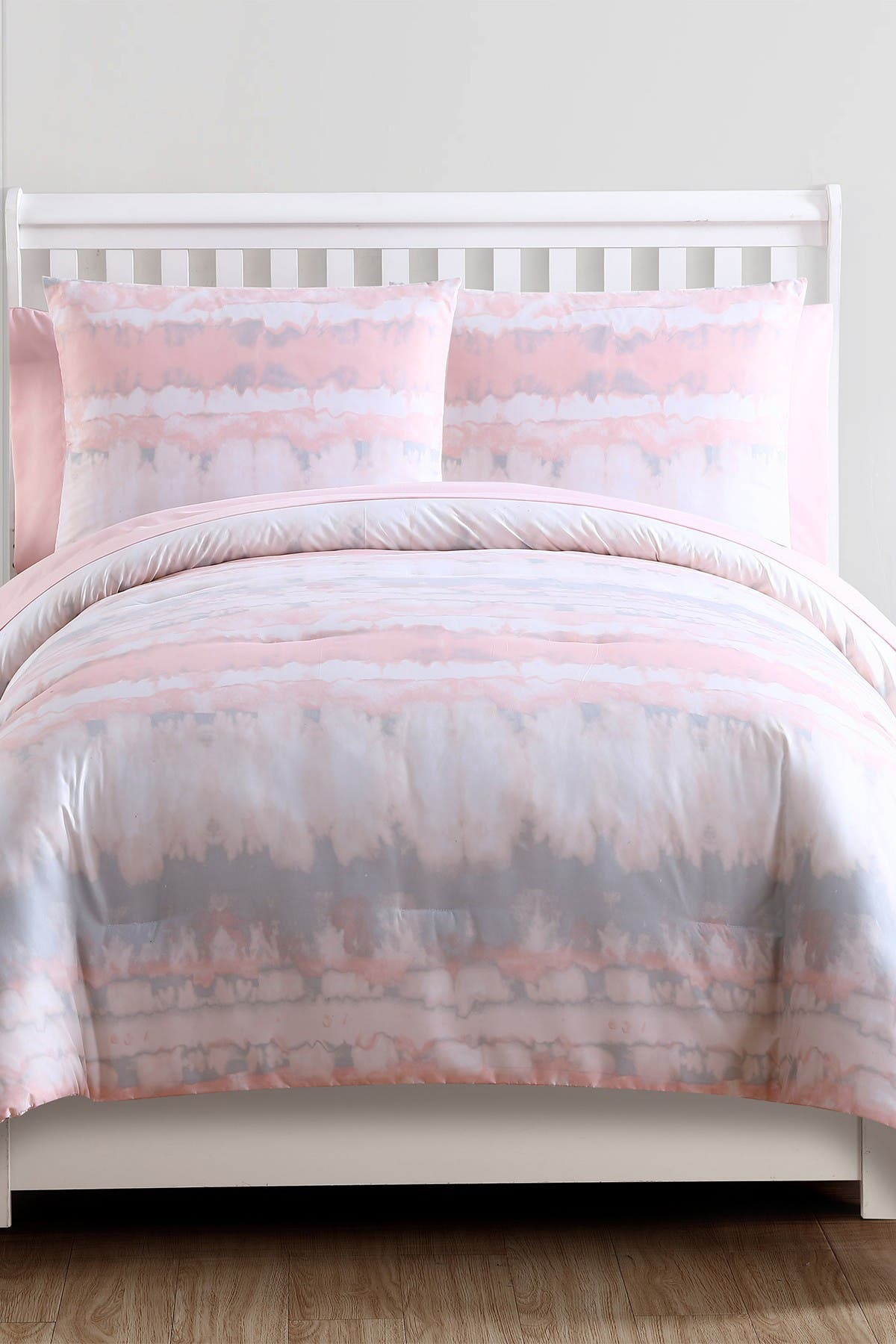 Image of VCNY HOME Blush Crush Tie-Dye Bed-in-a-Bag Comforter Set - Full