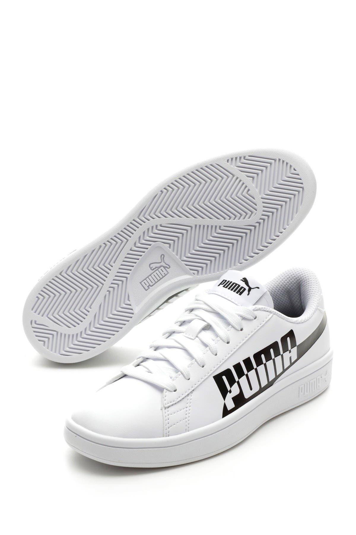 Image of PUMA Smash V2 Max Sneaker