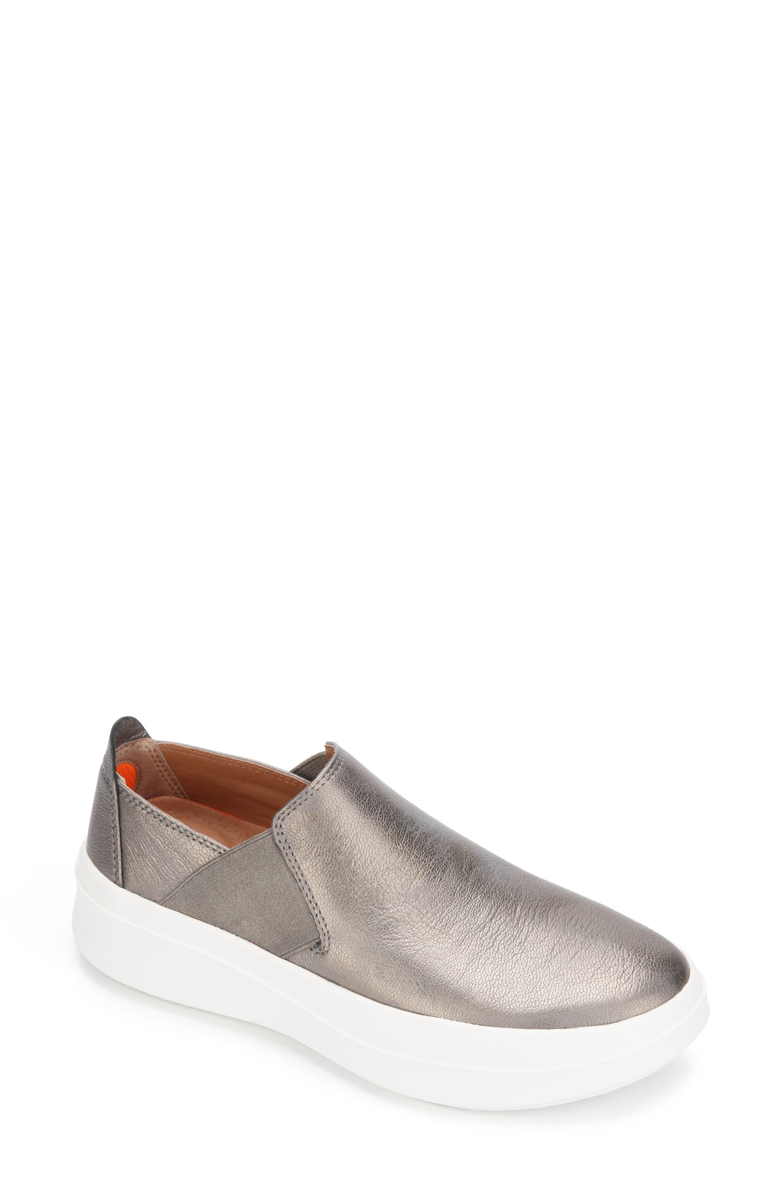Rosette Slip-On Sneaker