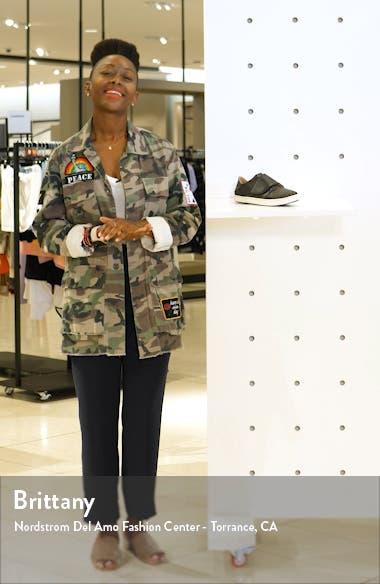 Pehuea Loupili Sneaker, sales video thumbnail