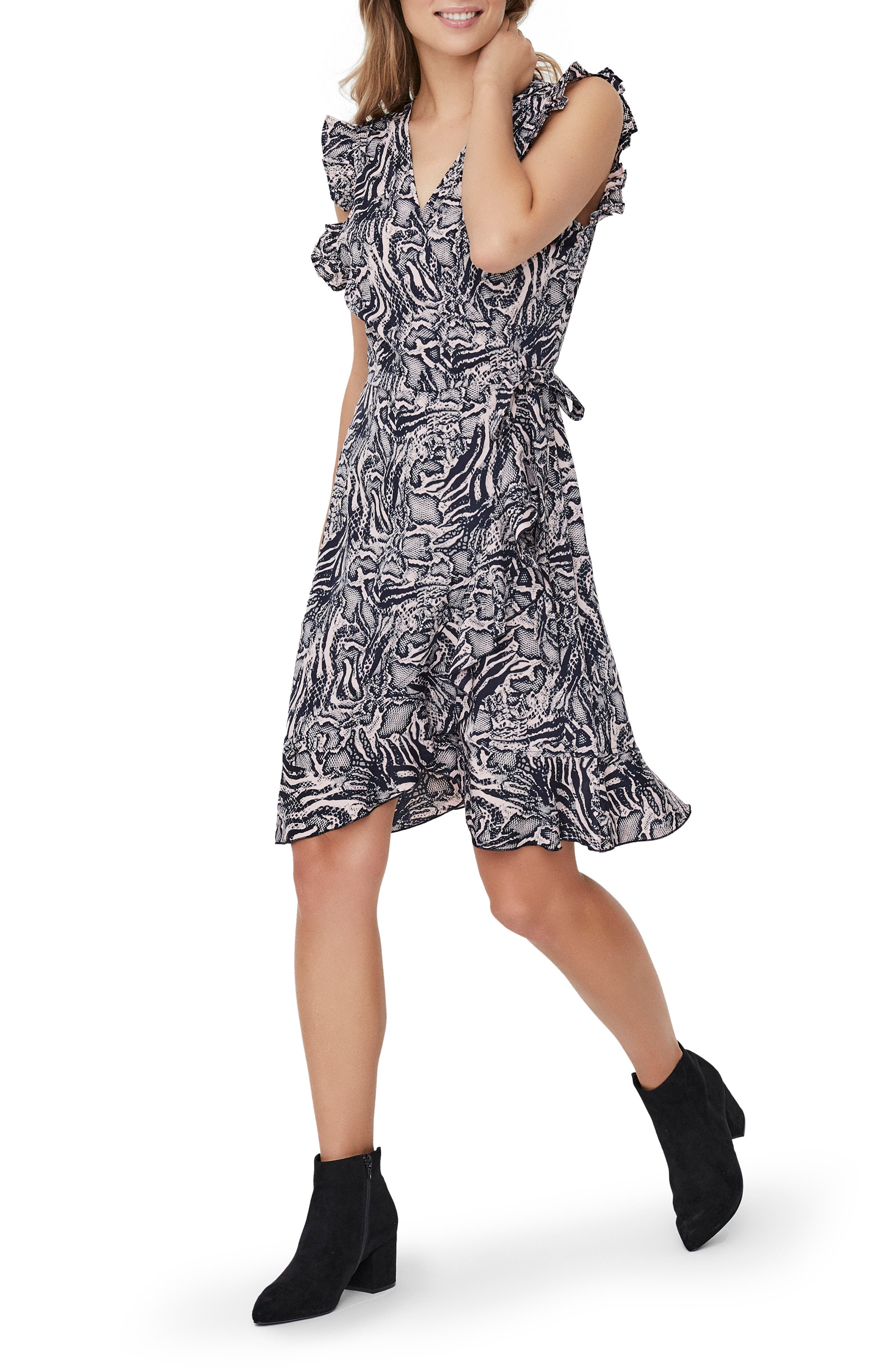 Image of VERO MODA Dagmar Wrap Dress