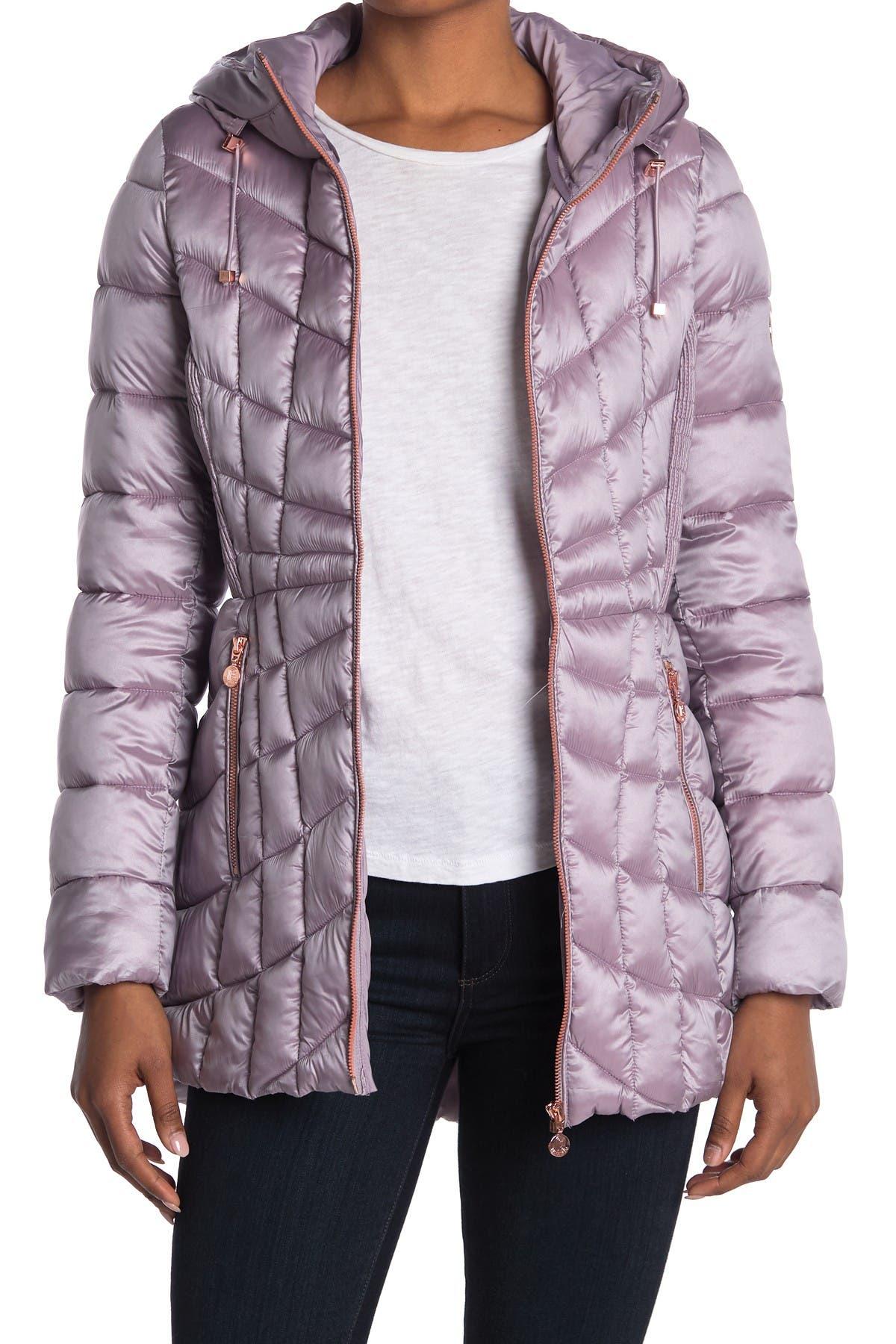 Image of Bernardo Quilted Packable Jacket w/ Hood