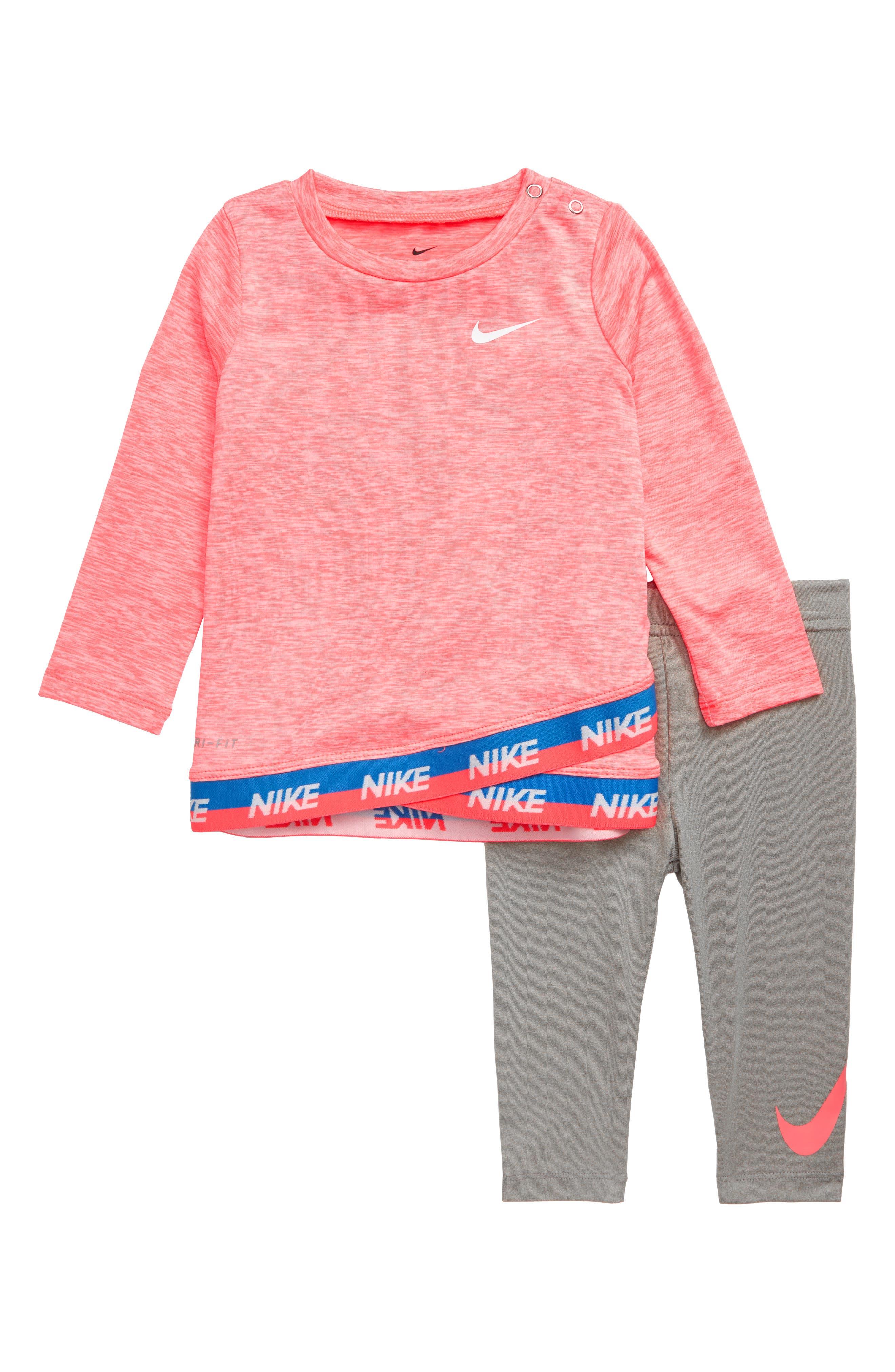 Infant Girls Nike DriFit Crossover Tunic  Leggings Set
