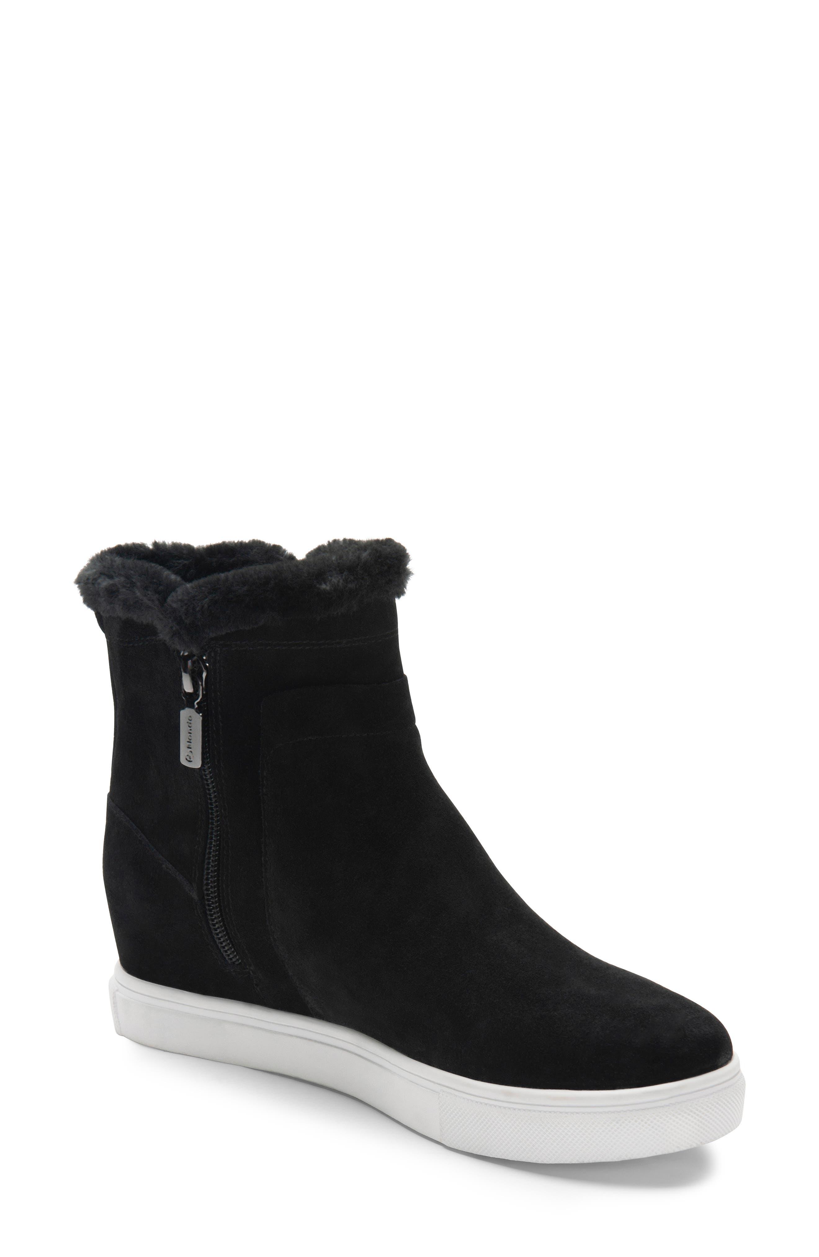 Blondo Glade Waterproof Sneaker- Black
