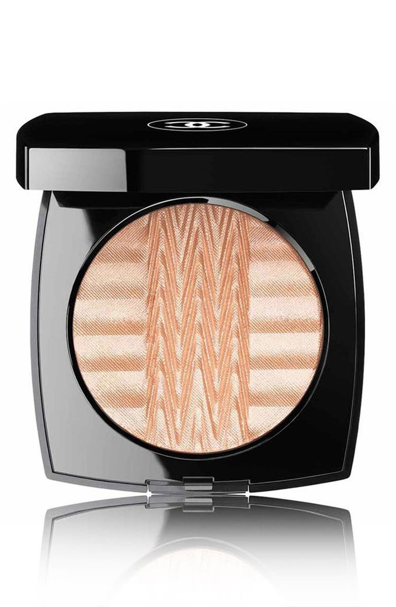 CHANEL PLISSÉ LUMIÈRE DE CHANEL <br />Illuminating Powder, Main, color, 710