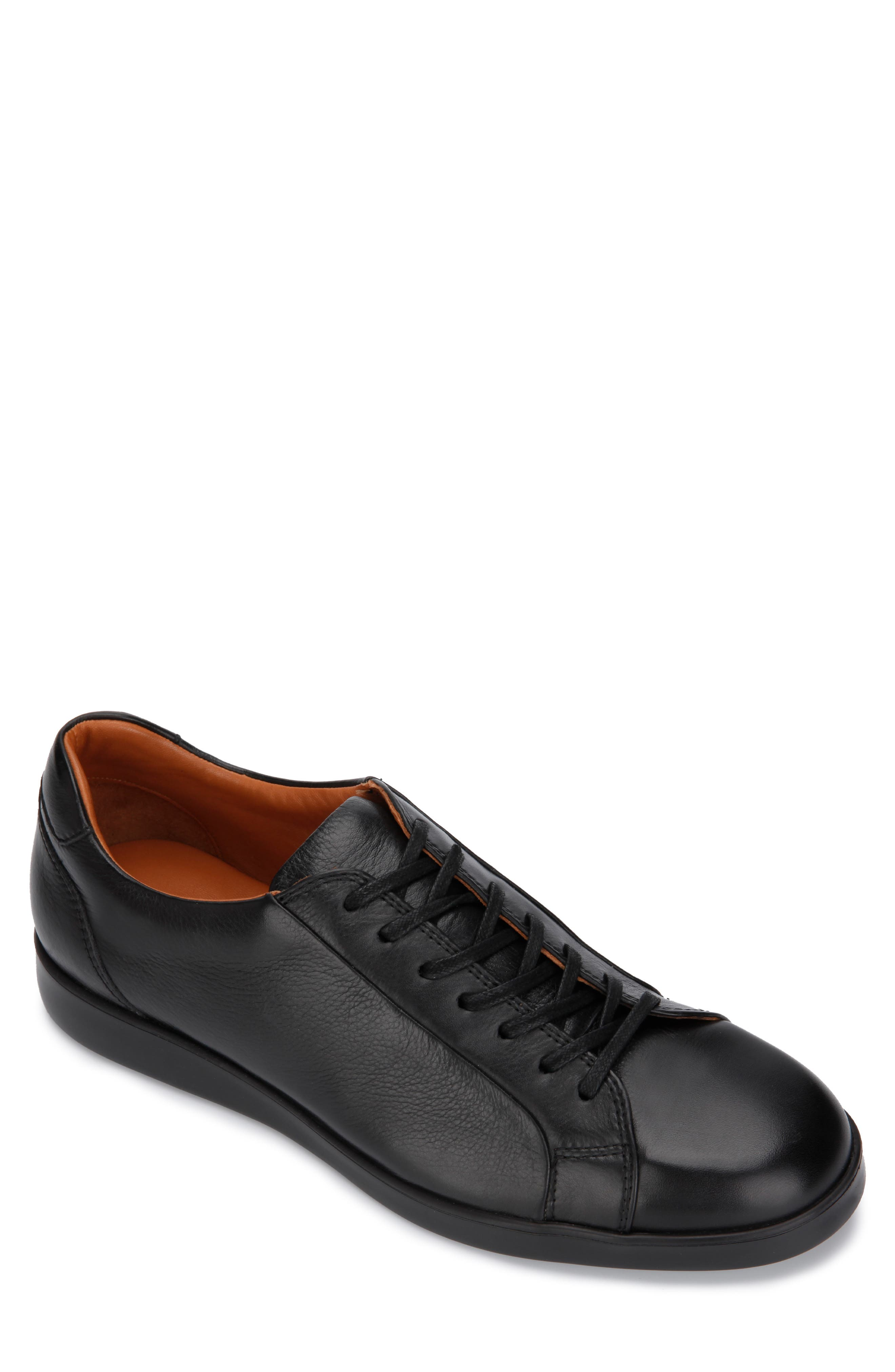 Image of Gentle Souls by Kenneth Cole Gentle Souls Ryder Lace Up Sneakers