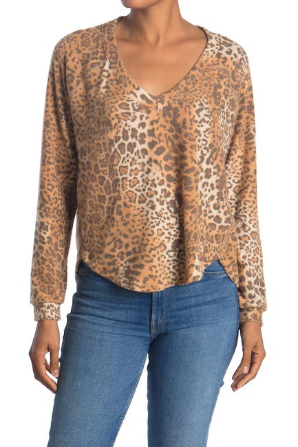 Image of Socialite V-Neck Long Sleeve Brushed Knit Lounge Top