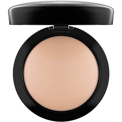 MAC Mineralize Skinfinish Natural - Medium Plus