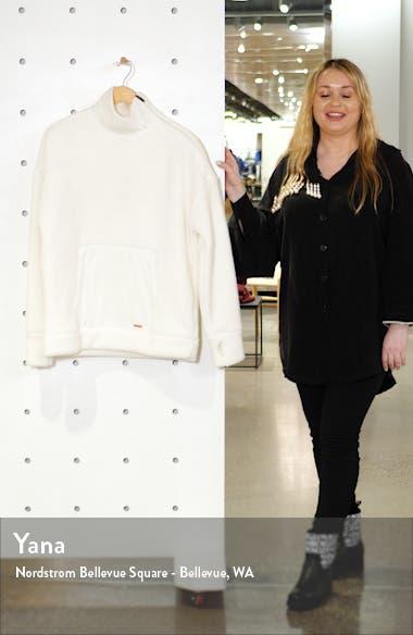Fleece Pullover, sales video thumbnail