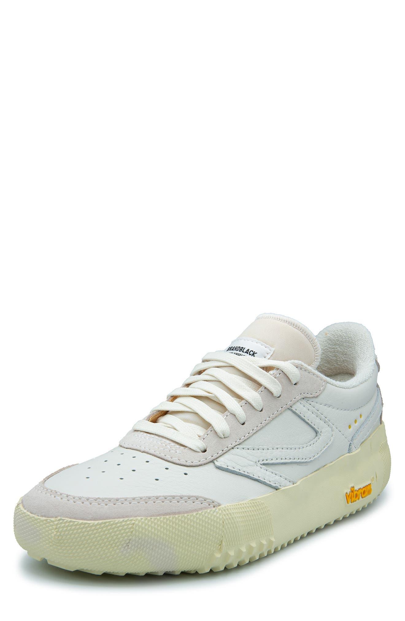 Vista Platform Sneaker