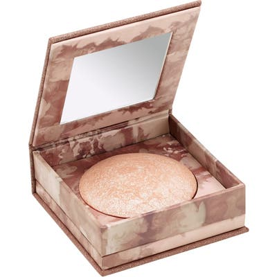 Urban Decay Naked Illuminated Shimmering Powder For Face & Body -
