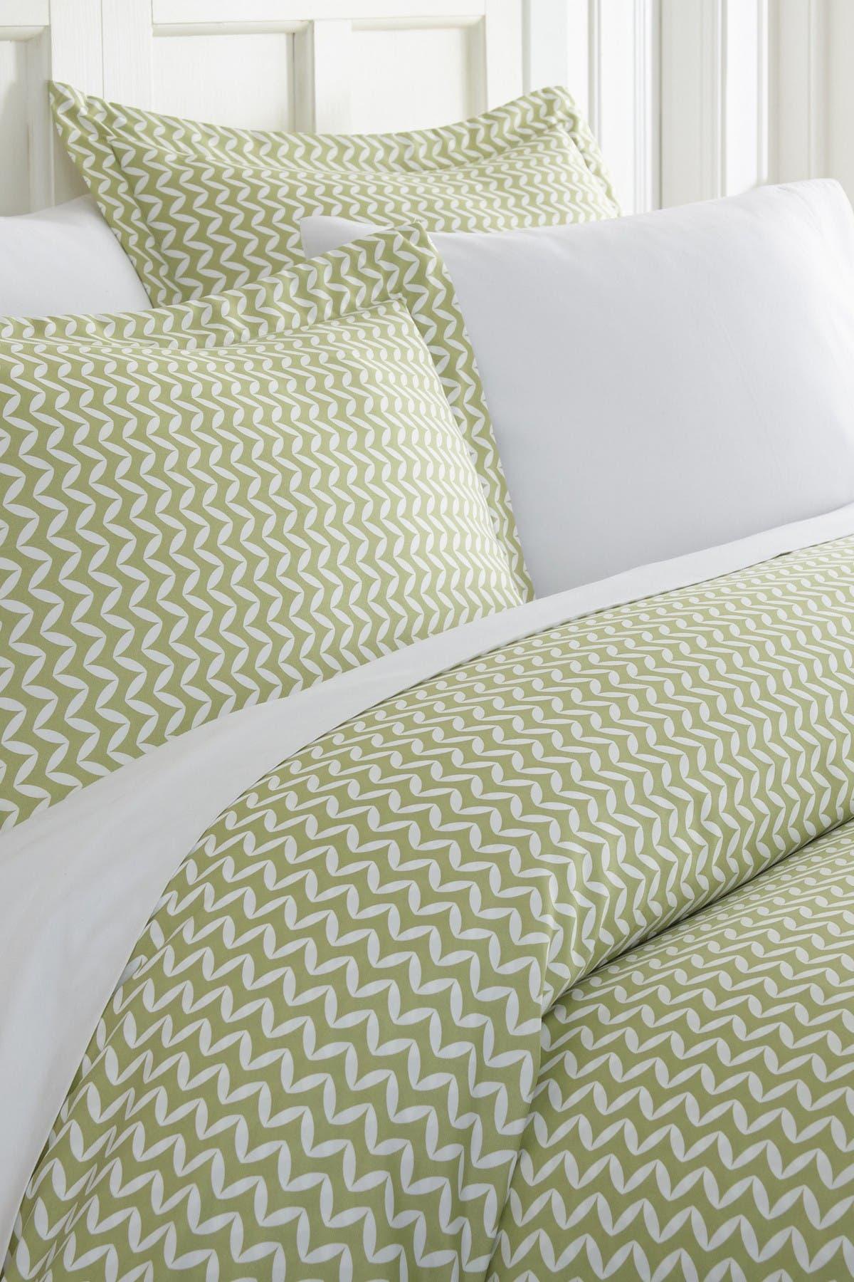 Image of IENJOY HOME Home Spun Premium Ultra Soft 3-Piece Puffed Chevron Print Duvet Cover King Set - Sage