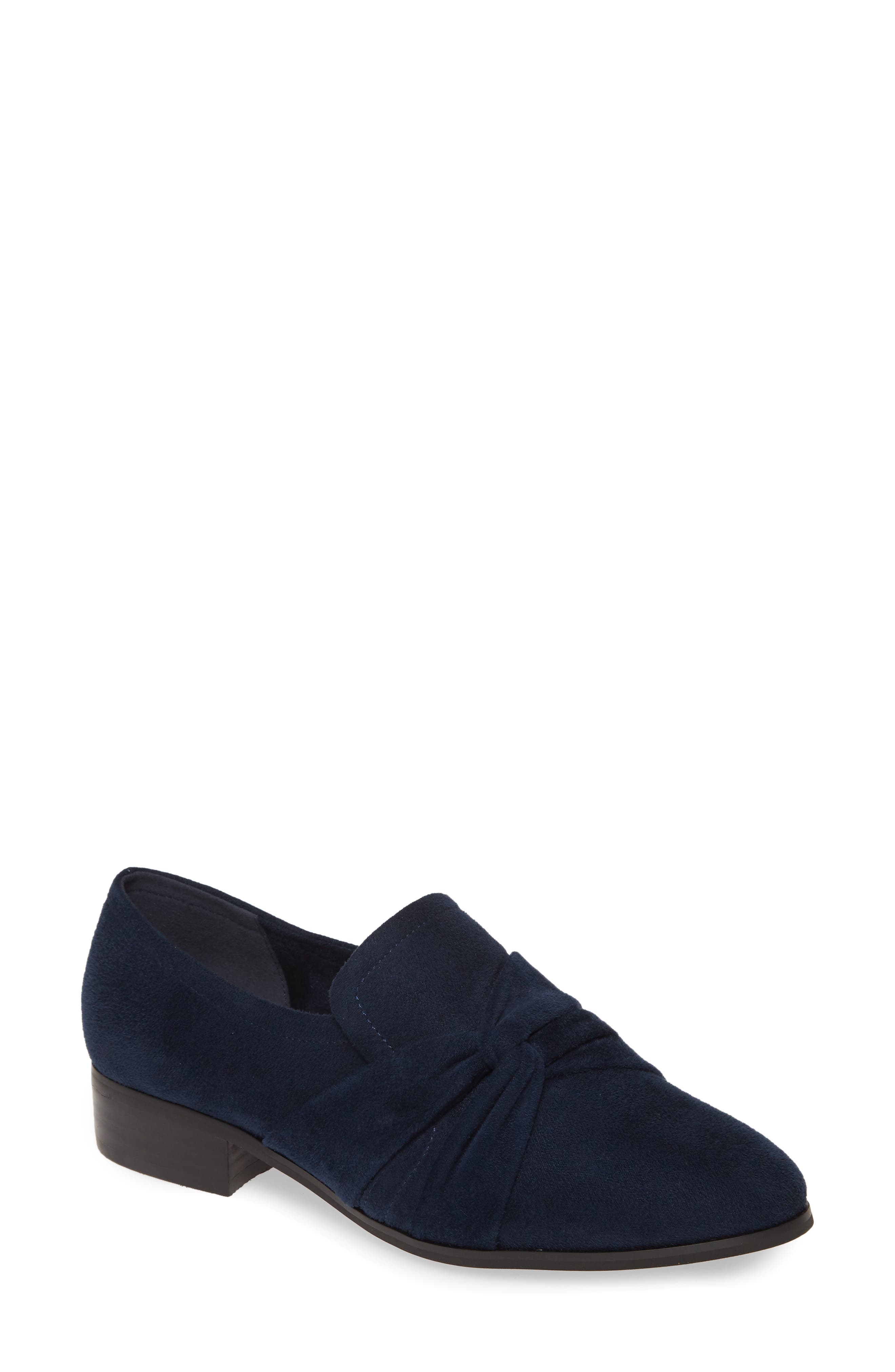 Bella Vita Billie II Loafer (Women)