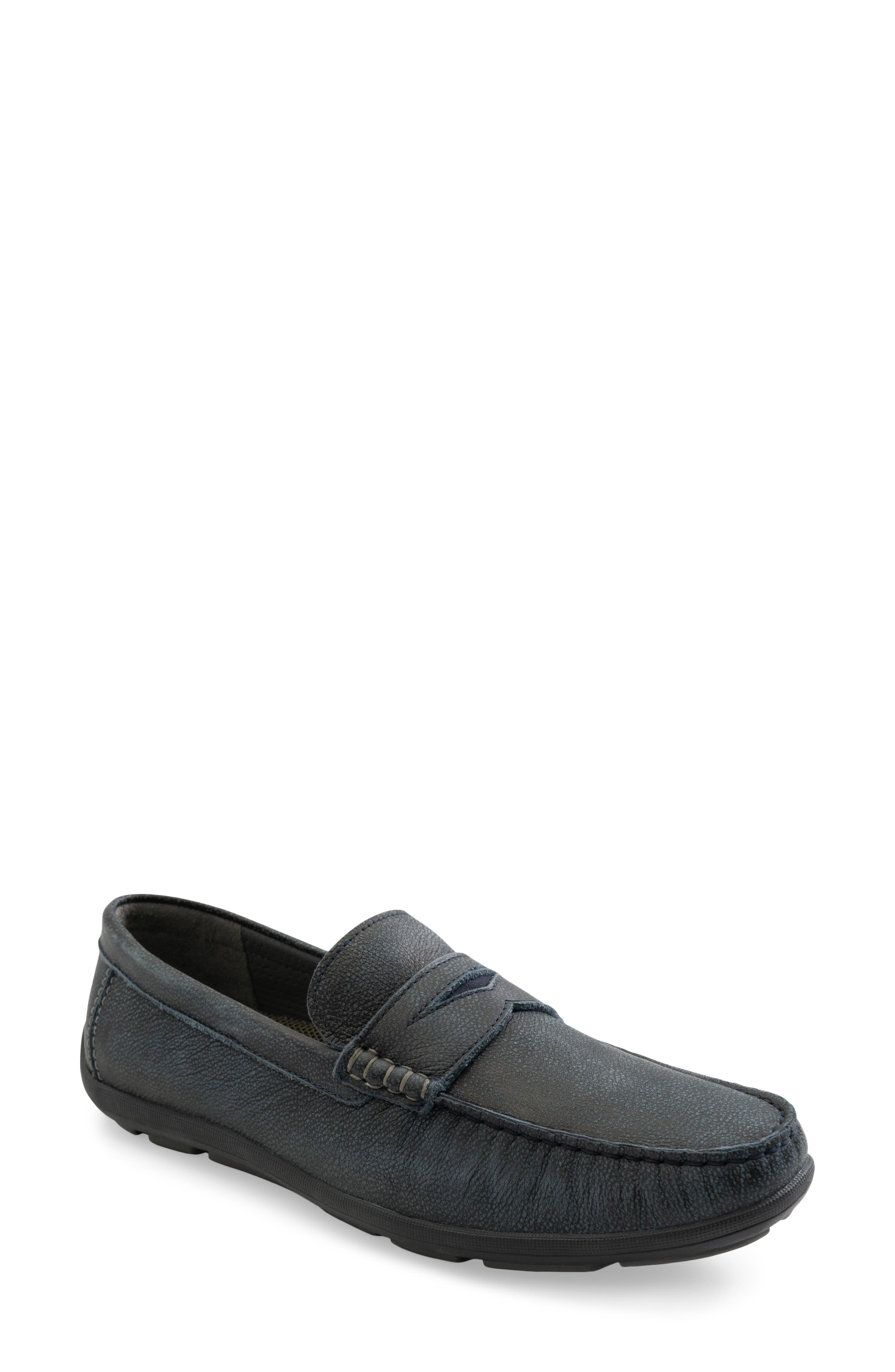 Mox Driving Loafer