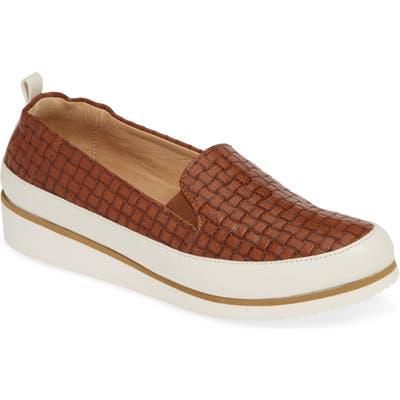 Ron White Nell Slip-On Sneaker, 7. - Brown