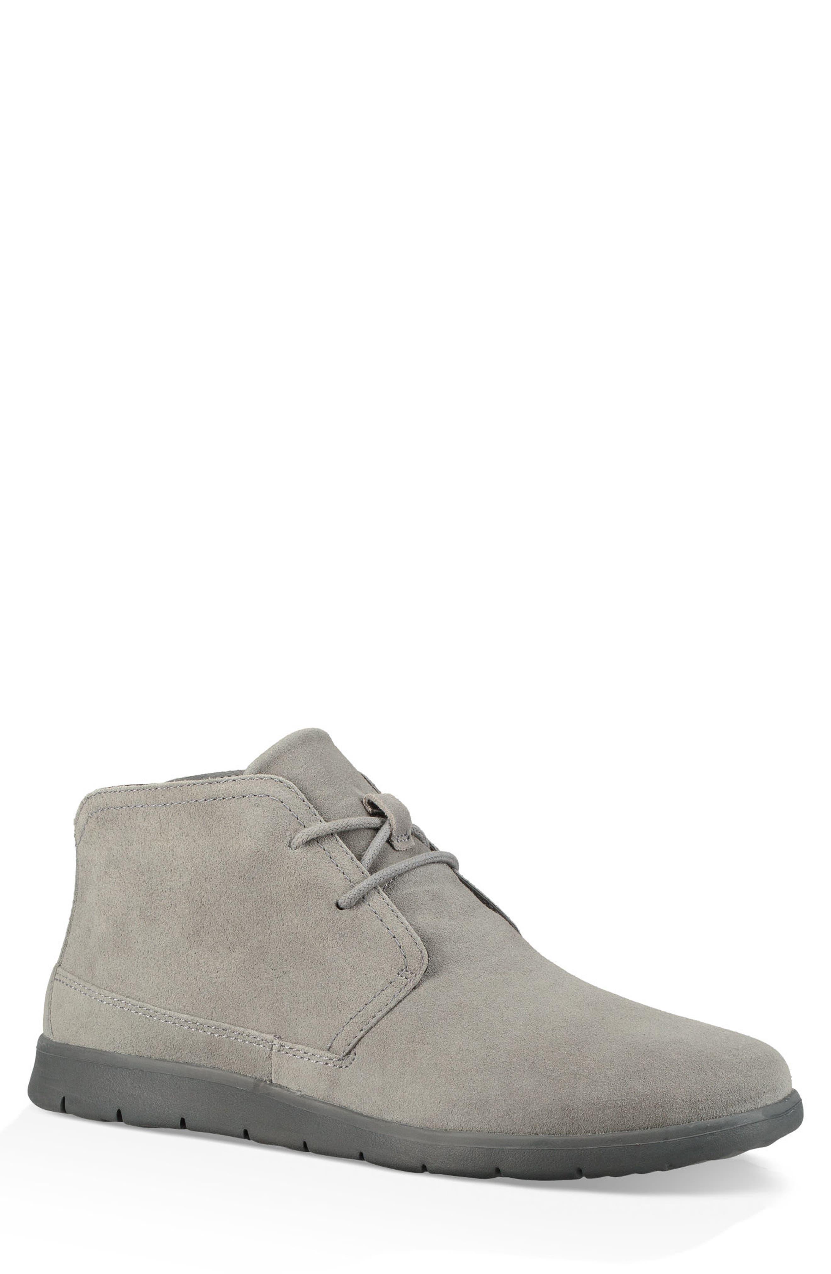 Ugg Dustin Chukka Boot- Grey