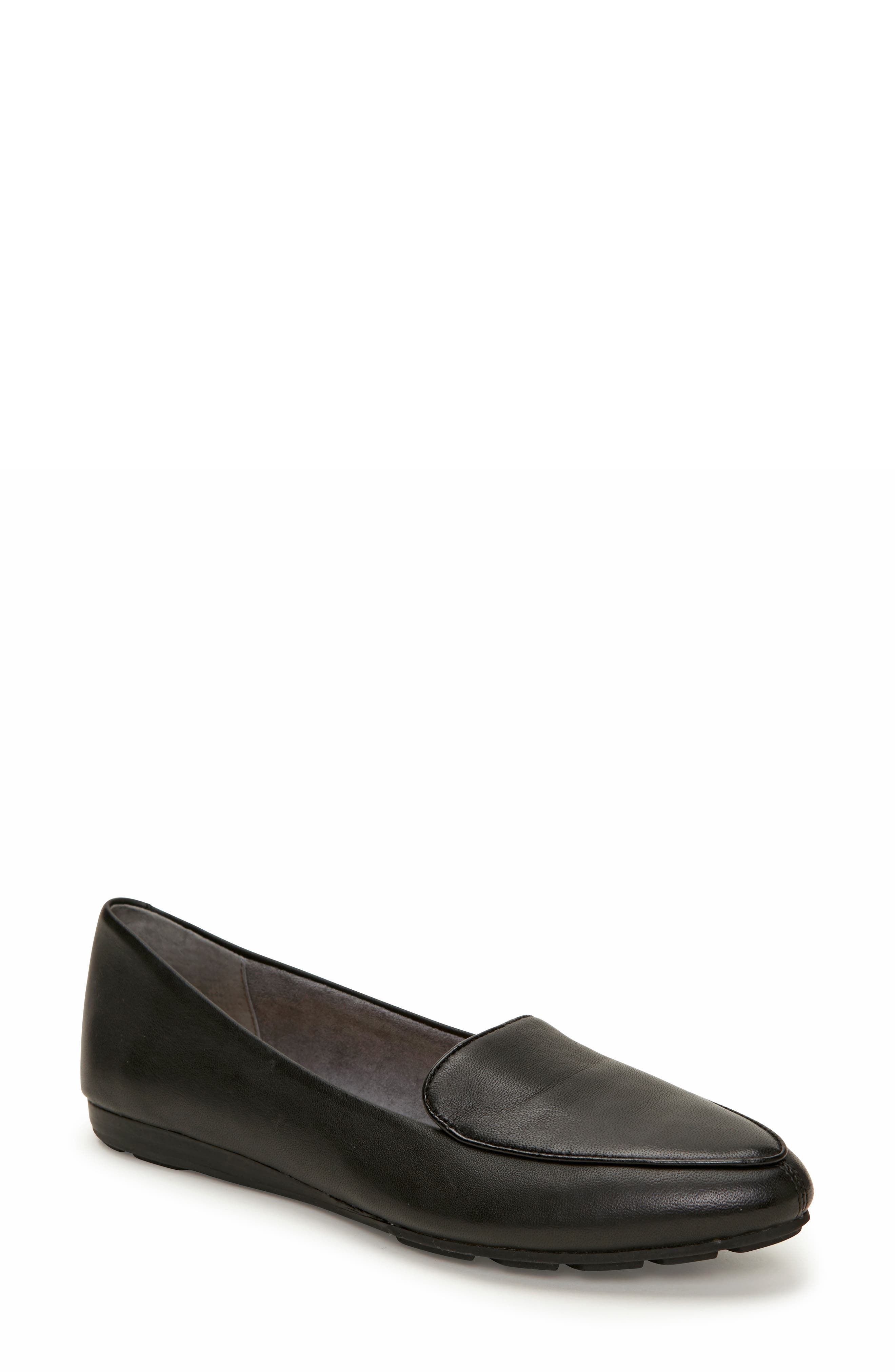 Image of Me Too Anissa Leather Flat Loafer