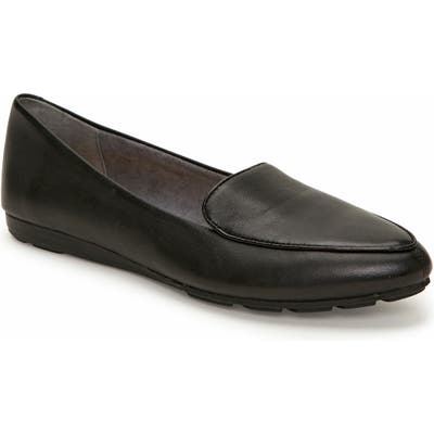 Me Too Anissa Pointy Toe Loafer- Black