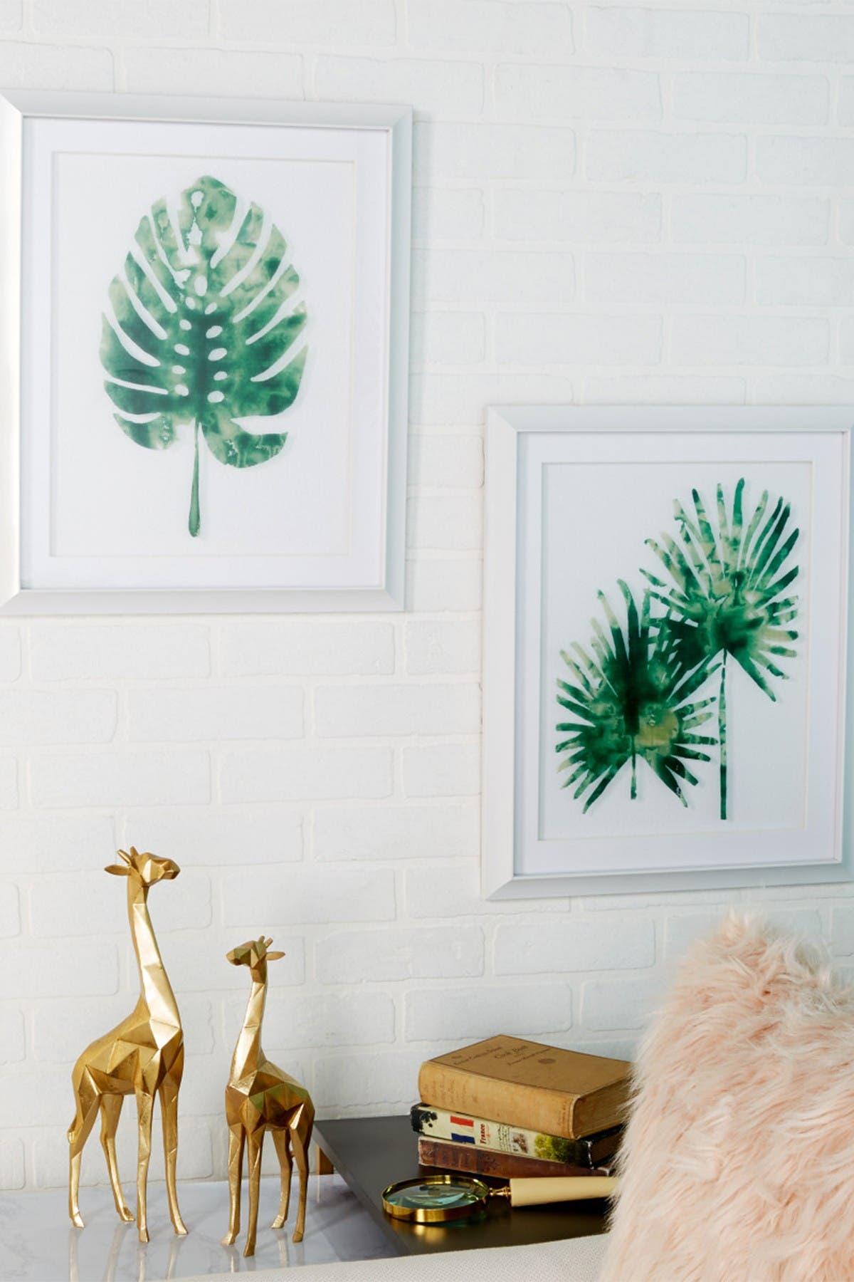 Image of CosmoLiving by Cosmopolitan Rectangular White & Green Palm Leaf Framed Wall Decor - Set of 2