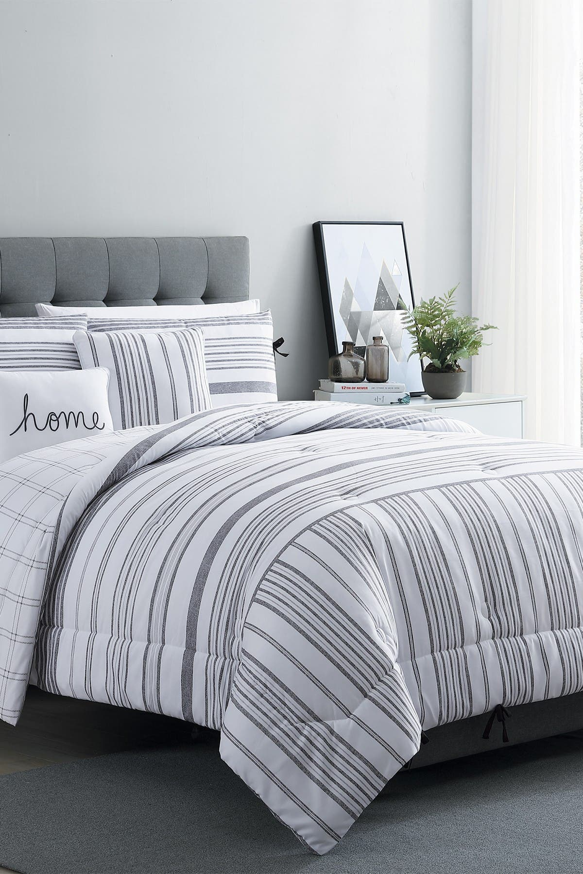 Image of VCNY HOME King Farmhouse Princeton Comforter Set - White/Grey