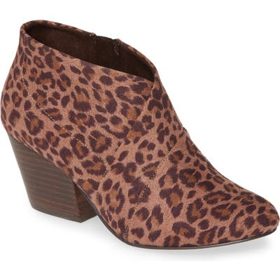 Bella Vita Kira Ii Bootie, WW - Brown