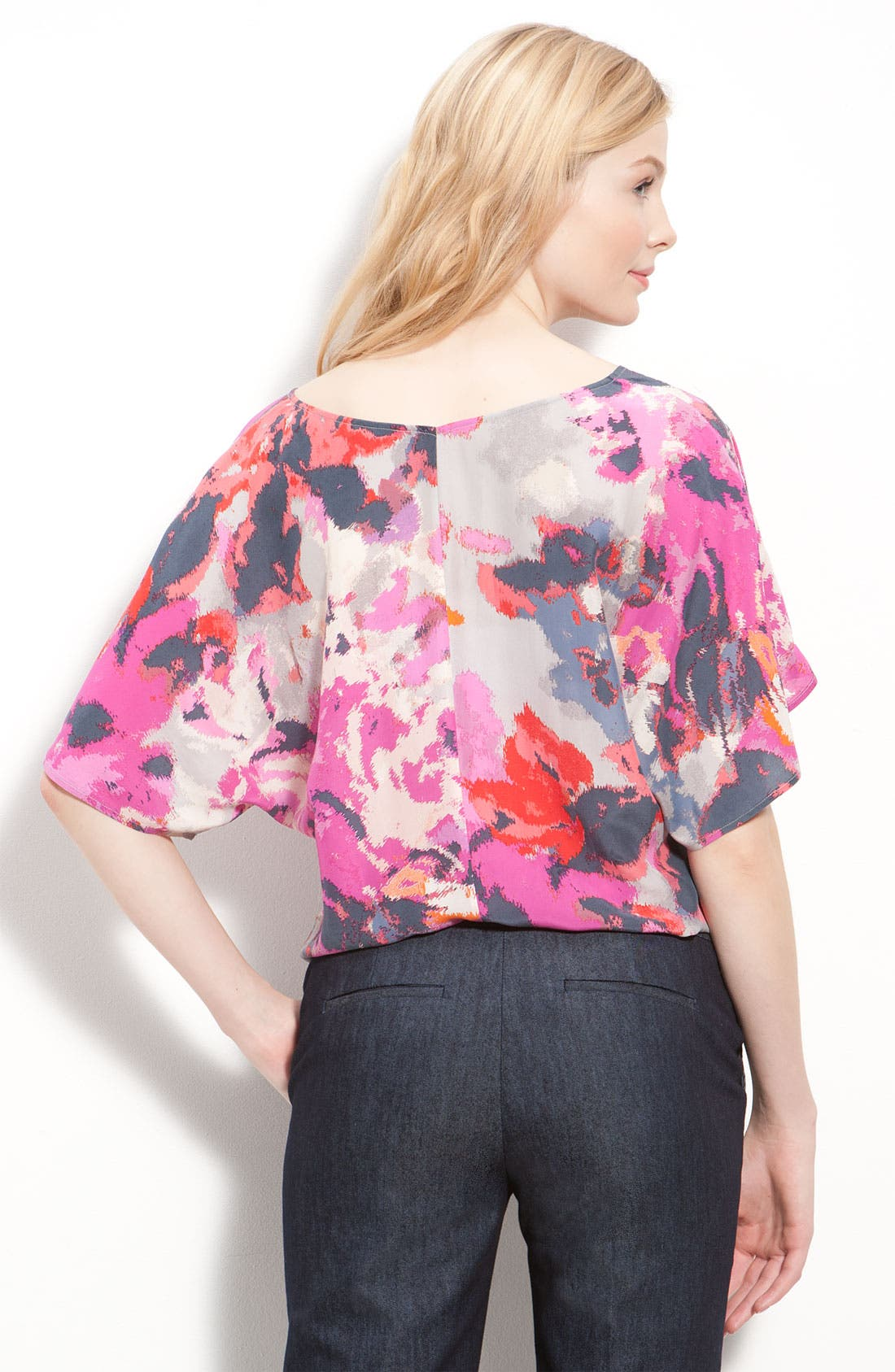 ,                             Relaxed V-Neck Top,                             Alternate thumbnail 7, color,                             650