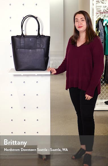 Charlie Leather Tote, sales video thumbnail