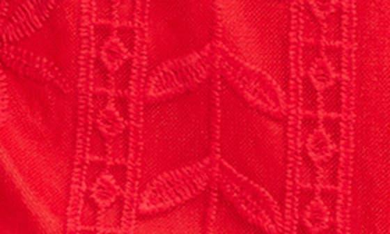 RED LIPSTI