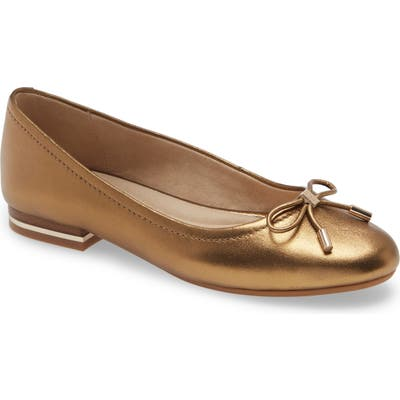 Kenneth Cole New York Balance Ballet Flat, Brown