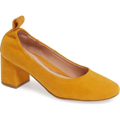 Taryn Rose Savannah Pump- Yellow
