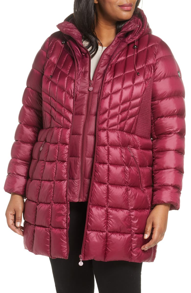 BERNARDO Packable Hooded Down & EcoPlume Fill Coat with Contrast Inset Bib, Main, color, BERRY JAM