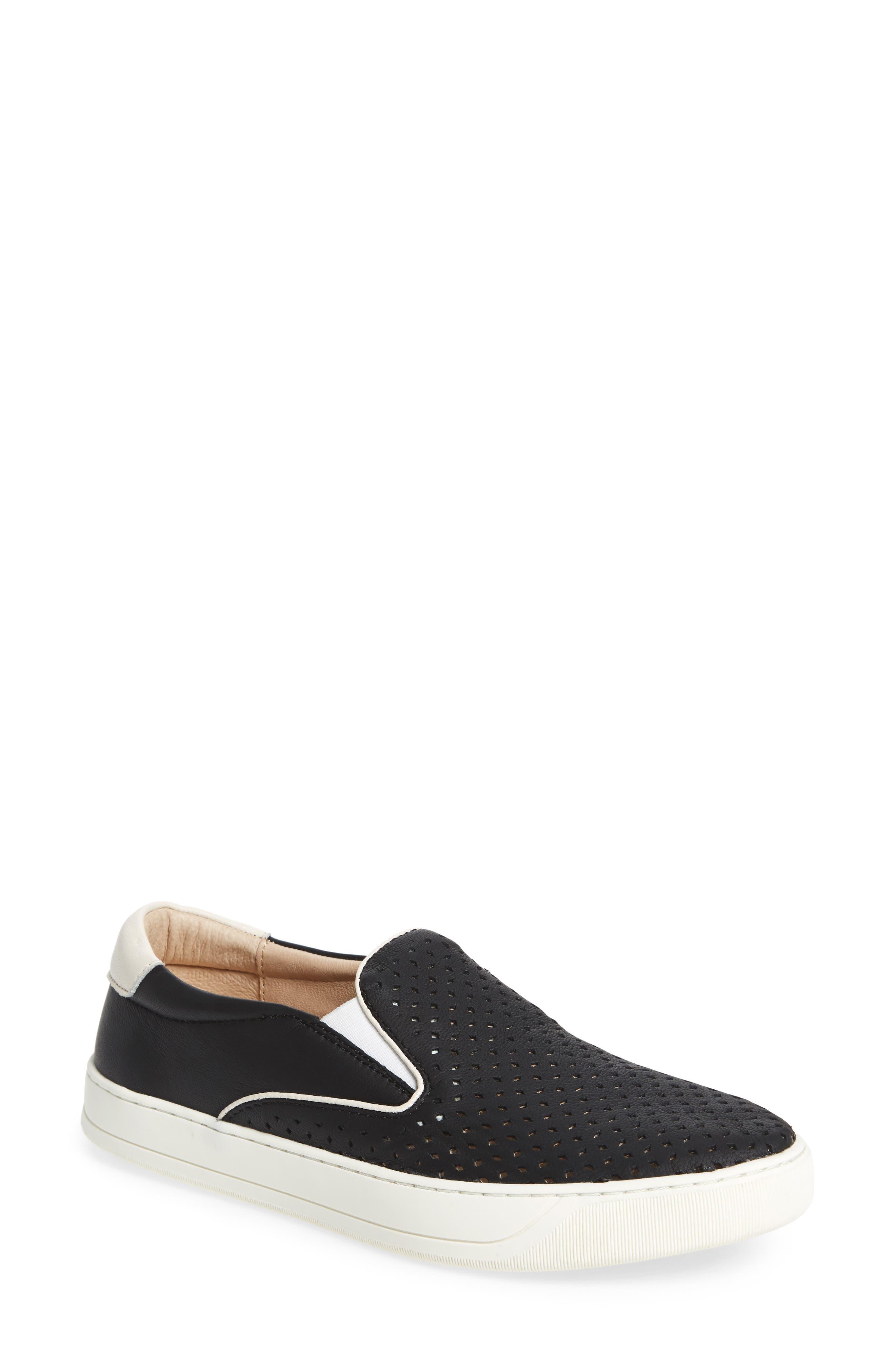 Johnston & Murphy Elaine Slip-On Sneaker, Black