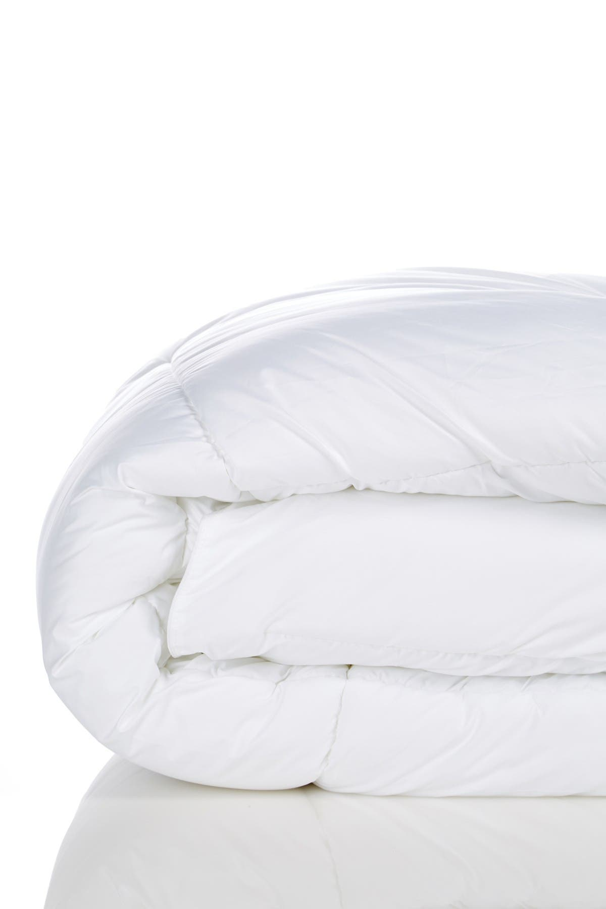 Image of Nordstrom Rack Twin Down Alternative Comforter - White