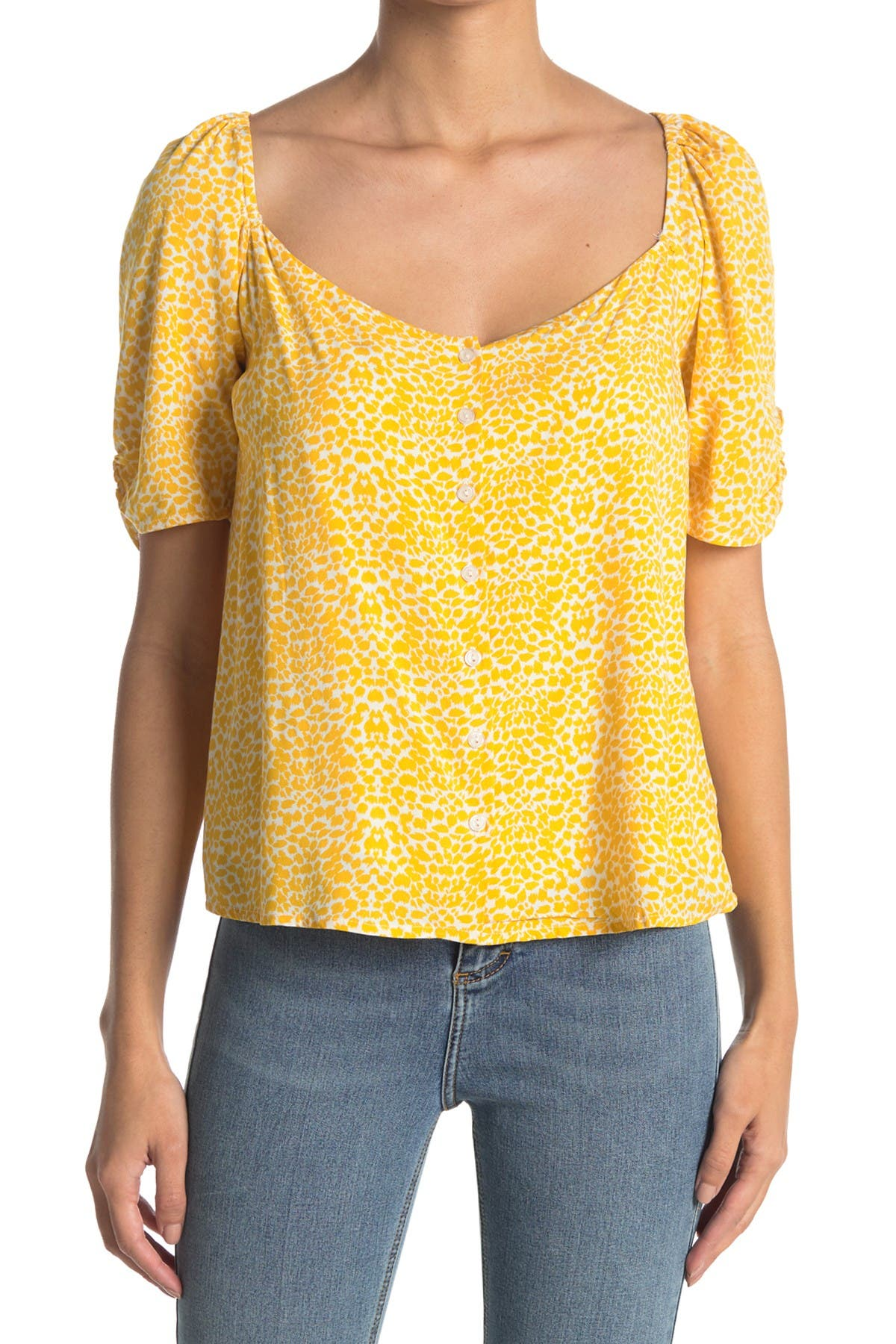 Image of Lush Sweetheart Neck Patterned Top