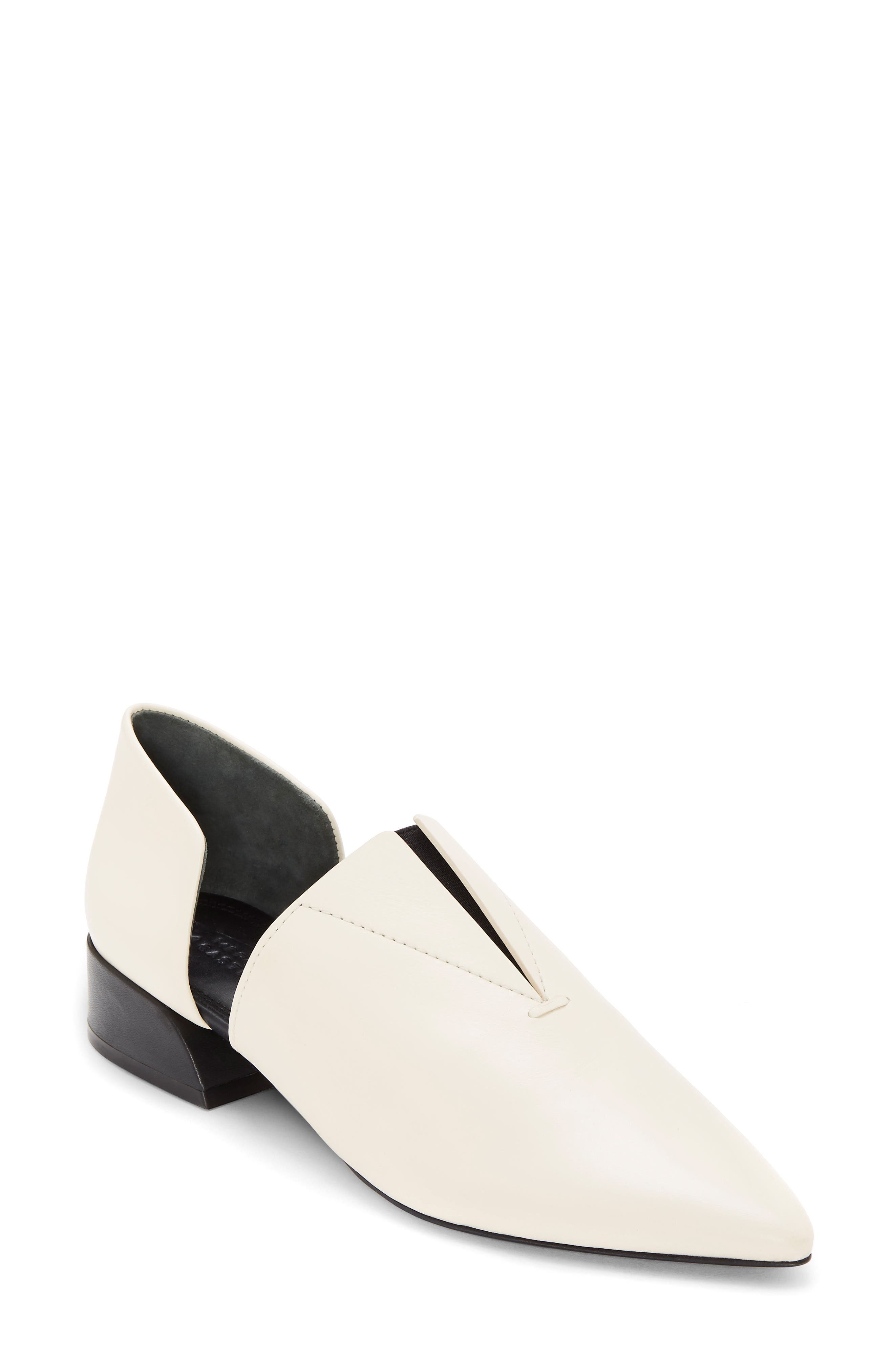Mercedes Castillo Notched Slip-On, White