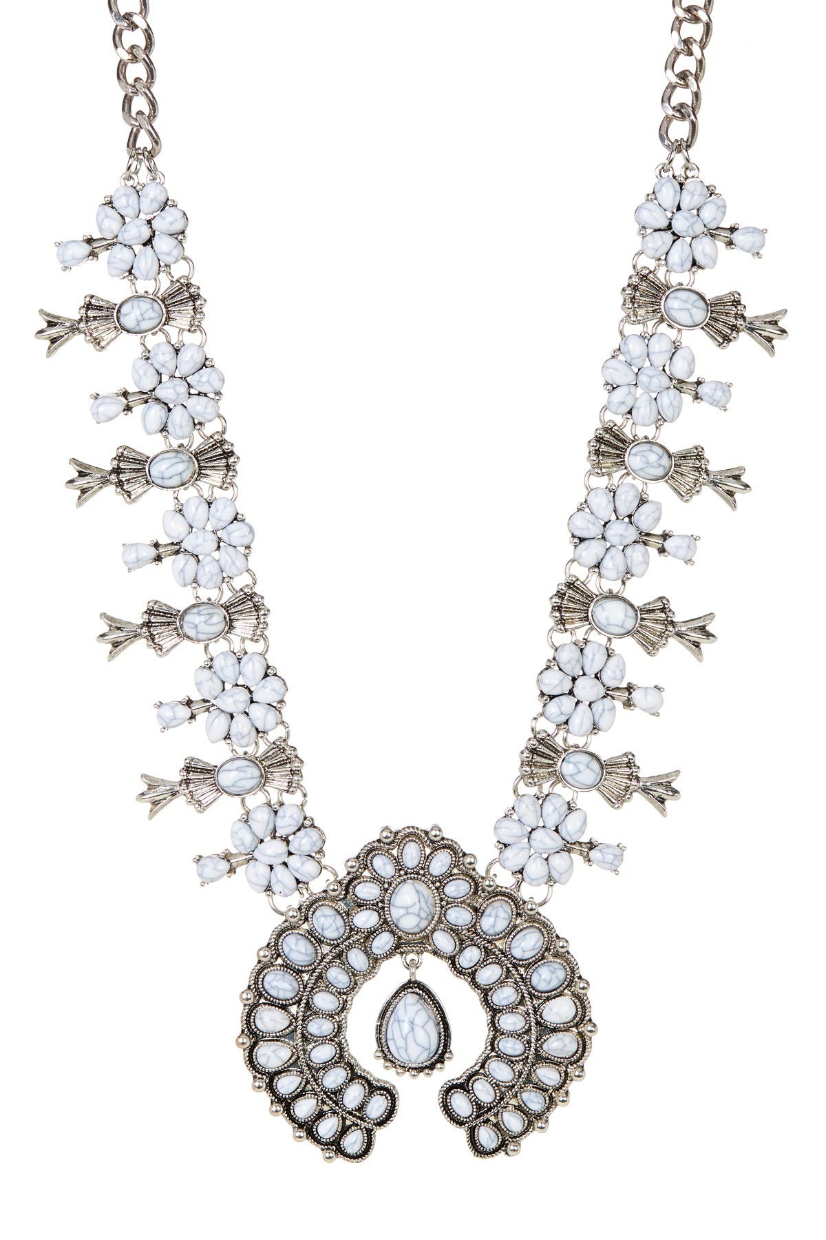 Eye Candy Los Angeles White Blossom Necklace at Nordstrom Rack