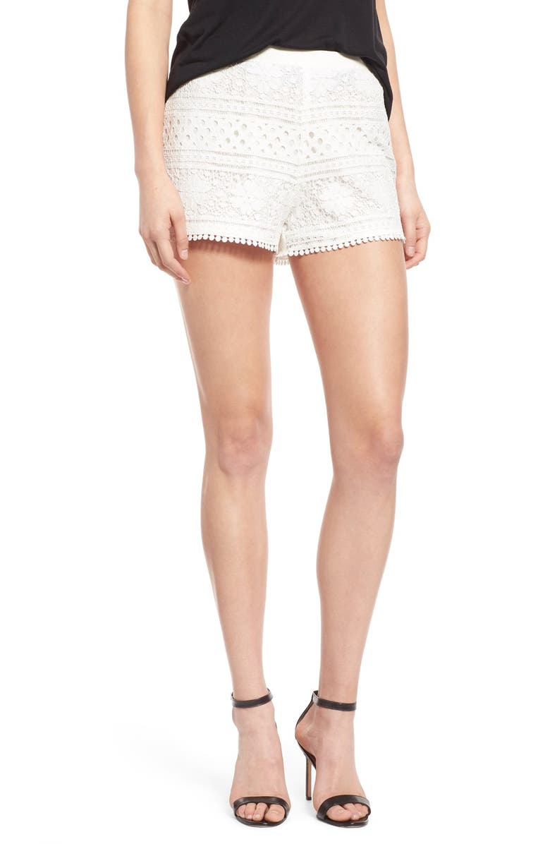 CUPCAKES AND CASHMERE 'Erin' High Rise Lace Shorts, Main, color, 900