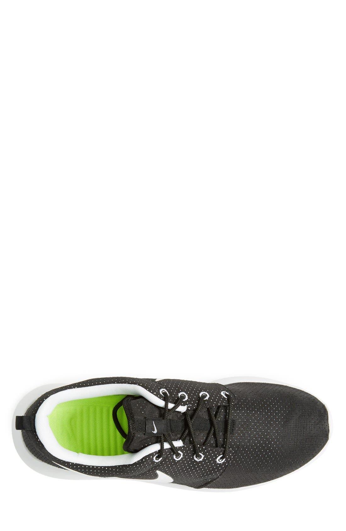 ,                             'Roshe Run' Sneaker,                             Alternate thumbnail 25, color,                             015