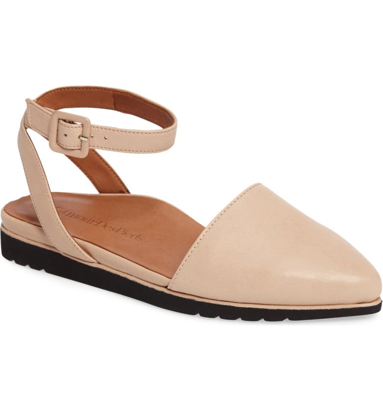 L'AMOUR DES PIEDS Madolen Strappy Flat, Main, color, NUDE LEATHER