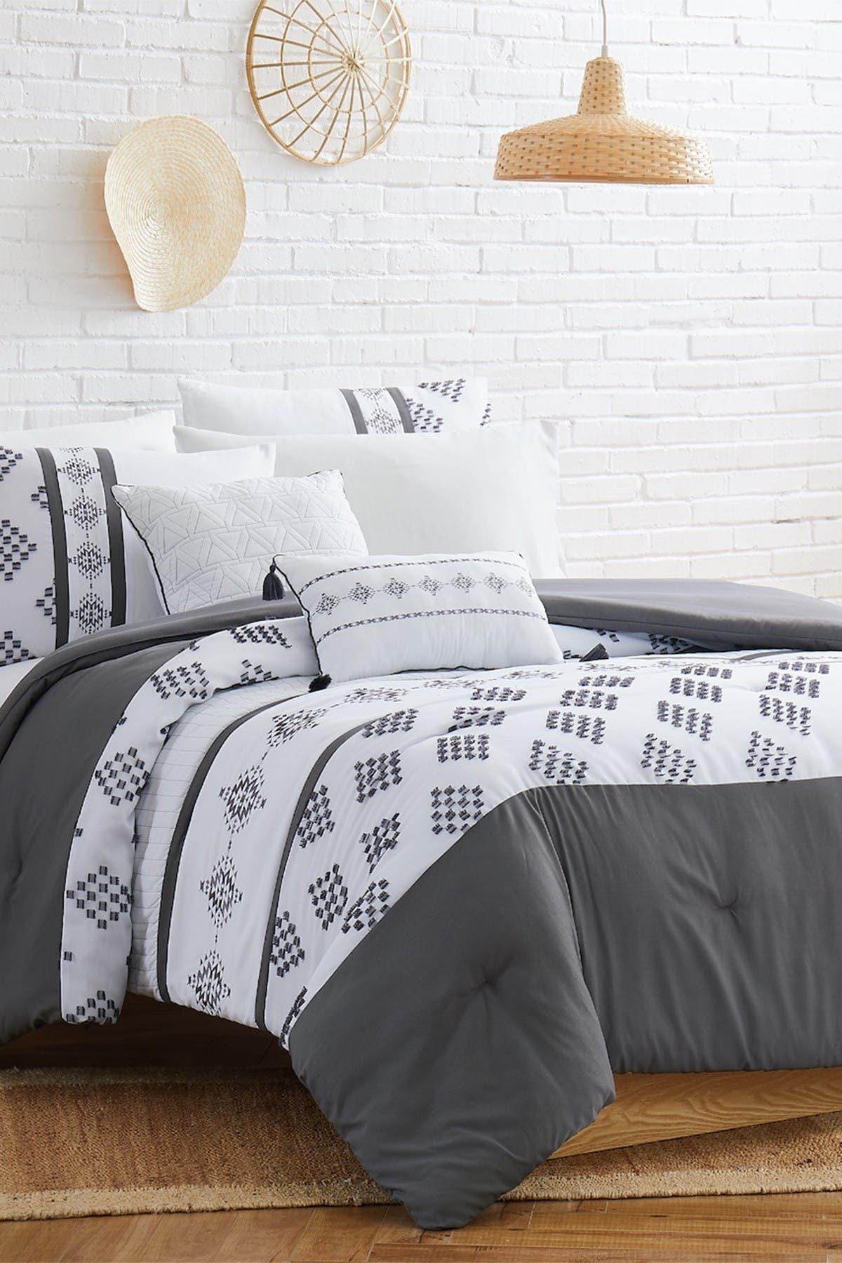 Image of Modern Threads 5-Piece Embroidered Comforter Set - Queen