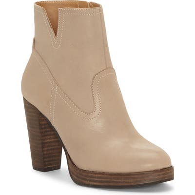 Lucky Brand Quintei Boot, Brown